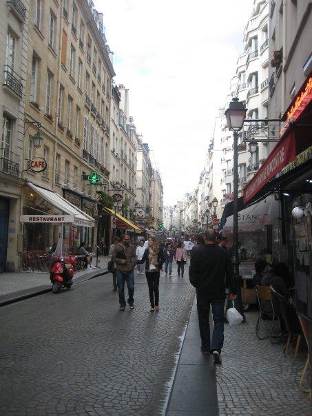 Rue Montorgueil, quintessentially Parisian